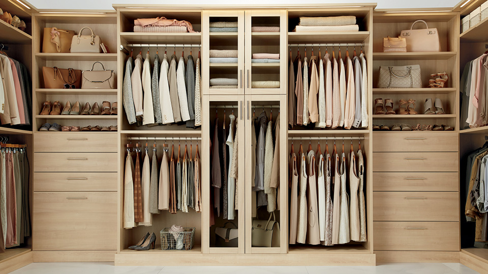 Closets mas dise os y laminados for Modelos de walk in closet